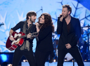 """VIDEO: Lady Antebellum With A Cool Version Of """"Goodbye Town""""!"""