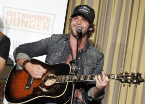 "VIDEO: Thomas Rhett Is ""Dierkin' It"" On Tour!"