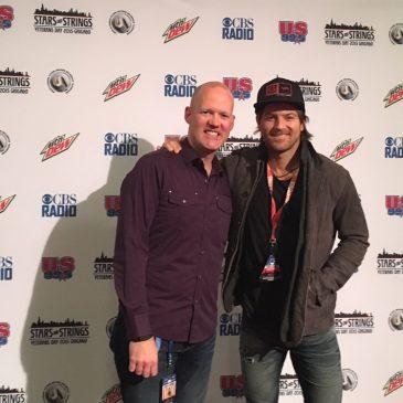 Kip Moore Talks Chicago, Iceland, Sleeveless Shirts & Surfboards!