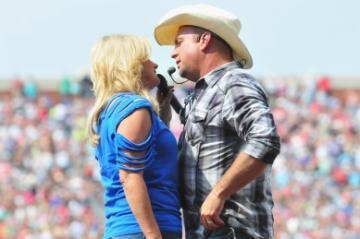Garth And Trisha List Malibu Mansion For $7.5 Million