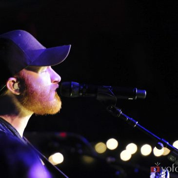 Trending Today: All About The Ladies, Eric Paslay Takes Over ESPN College Football