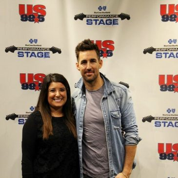 LISTEN: Jake Owen Calls Drew & Tina To Talk His Love Of Chicago, Elevator Selfies & More!